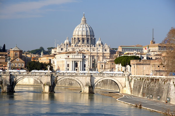 rome-st-peters-church-italy-600x400